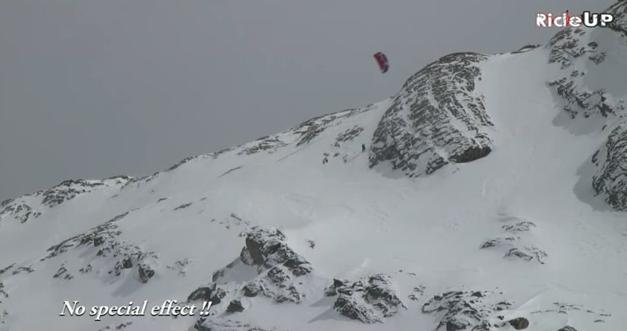 O snowkite sempre foi visto como uma espécie de simples versão invernal do kitesurf e por isso tornou-se comum explorar de forma quase exclusiva o lado mais freestyler deste esporte, exatamente como acontece pela versão...