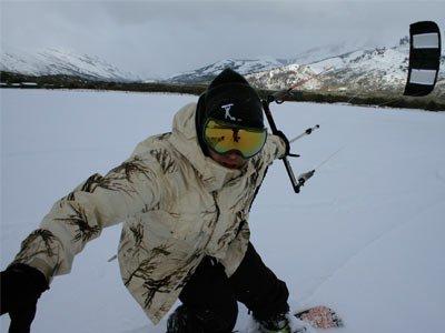 Quando se fala de snowkite, mas também de kitesurf, na Argentina, Leonardo Borras é com certeza uma das pessoas chaves que contribuíram ativamente na divulgação destes dois esportes. Nascido porteño, mas Barilochense de adoção, Leo...