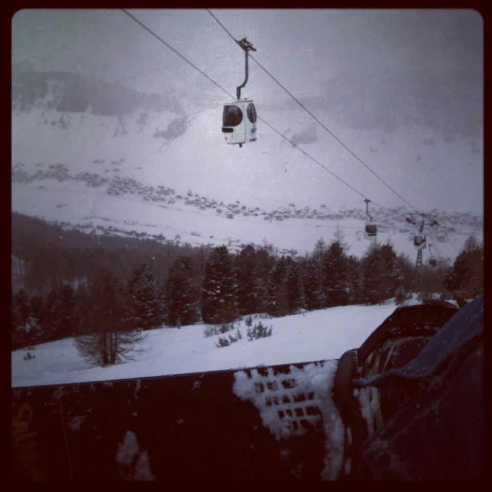 Mais um dia de powder – Foto: Alessandro Cruciani Após do World Rookie Tour (WRT) em Livigno (ITA), estava nos meus programas ir para Monte Bondone (ITA), uma localidade de esqui na região do trentino...