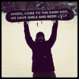 We Ride: The Story of Snowboarding, um documentário para mostrar a verdadeira história do snowboard contada pelos protagonistas que transformaram aquela simples ideia de conseguir surfar a neve em um esporte que hoje envolve milhões...