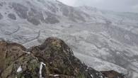 Cortesia: Catedral Alta Patagônia – Webcam dia 04 janeiro 2017 Lembram da nevasca que aconteceu em Valle Nevado (CHI) no dia 26 de dezembro… pois bem, mais centros de esqui acordaram hoje, 04 de janeiro...
